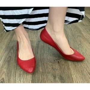 Old Navy Flats 11 Reddy Set Go Red Pointy Ballet